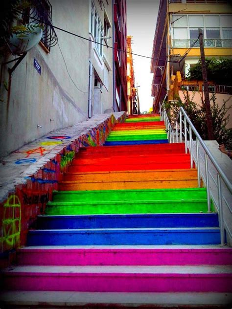 In Turkey, Residents Unite To Paint Stairways In The