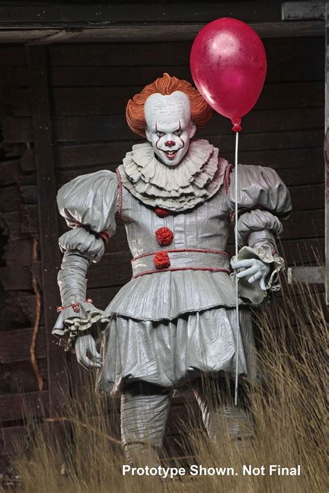 Neca 2017 IT Pennywise Ultimate Figure | TOYSLIFE