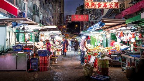 """""""Ghost in the Shell""""-inspired images of the old Hong Kong"""