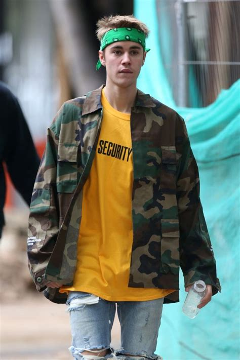 Justin Bieber goes for a walk in London wearing a fetching