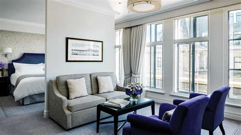 Luxury Hotel Suite with City View   The Langham, London
