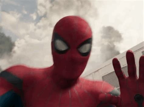 """Peter Parker is the biggest Avengers fanboy in the """"Spider"""