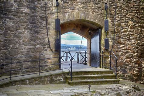 Dougie Coull Photography: Blackness Castle