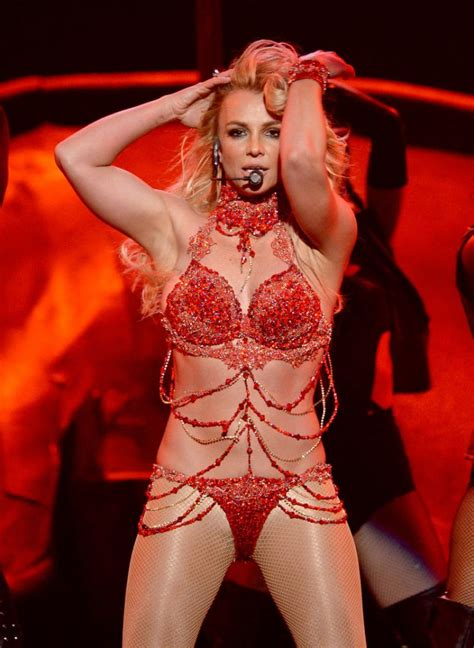 Britney Spears Performs at 2016 Billboard Music Awards in
